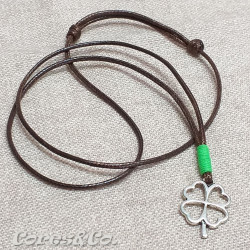 Lucky Clover Necklace w/ Green Line